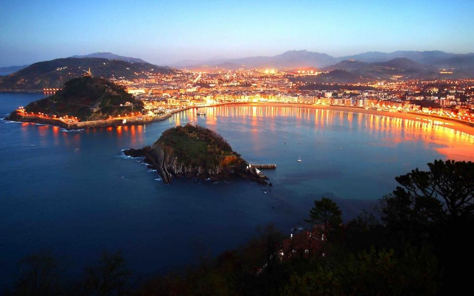 Las tres playas de Donostia - San Sebastián : Basque ...